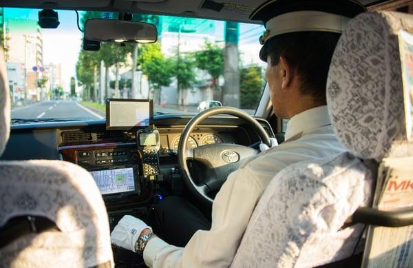 タクシーサイネージ