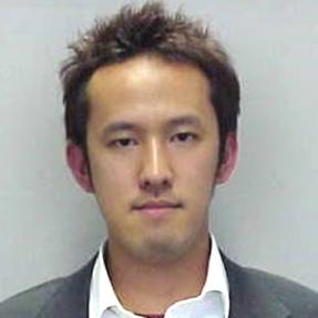 里村 明洋 氏